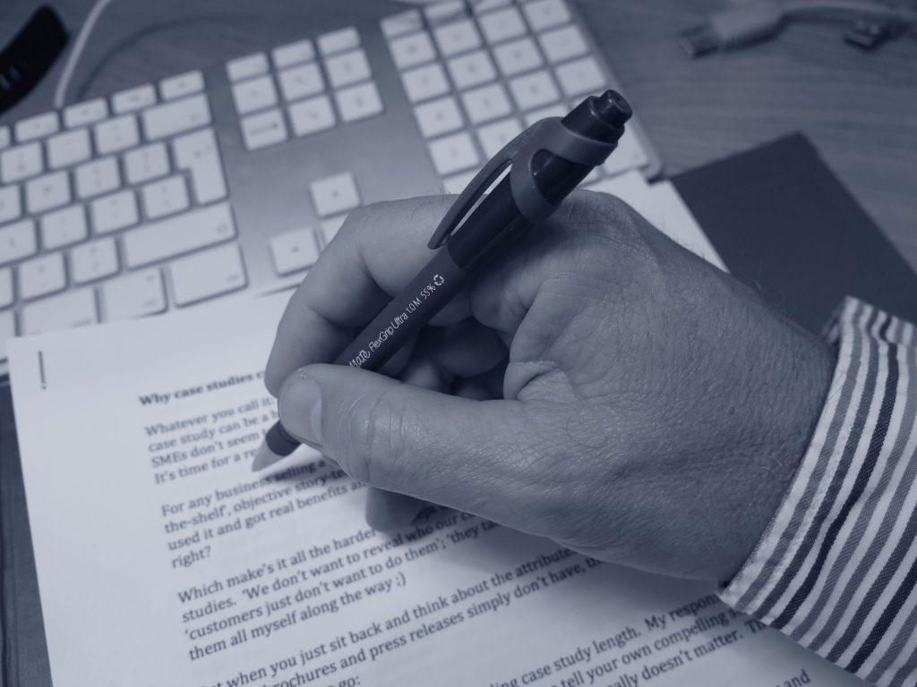 freelance-writing-bath-uk-marcom-words-rob-davies-pen_5106