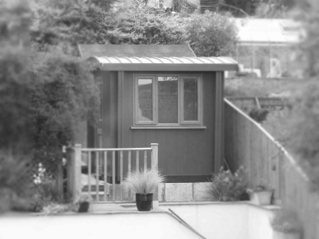 shedquarters-copywriter-cabin-bath-uk-marcom-words-rob-davies