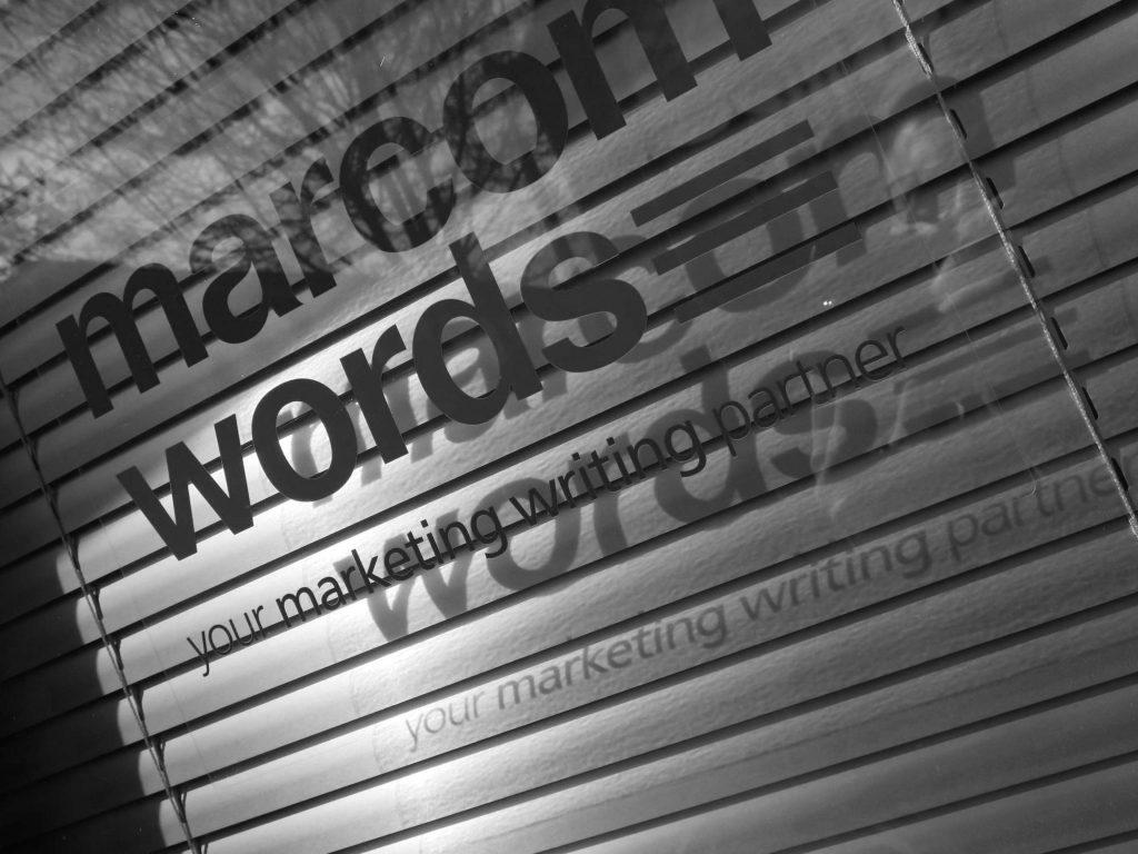 shedquarters-copywriter-cabin-bath-uk-marcom-words-rob-davies-door_6509